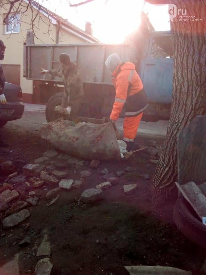 Ростовчан попросили взять шефство над одинокой старушкой из дома без отопления, фото-3