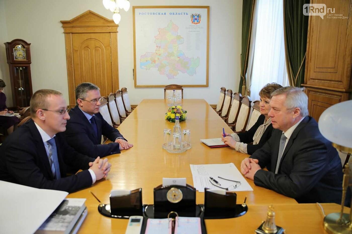 Донскому губернатору представили нового начальника налоговой инспекции, фото-1