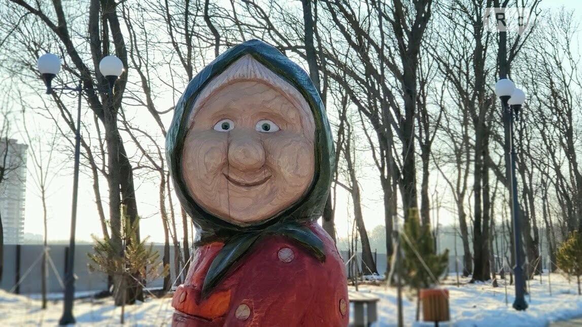 Ростовский парк Вересаева украсили очень странными фигурами, фото-7