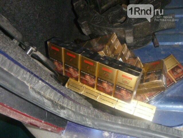 Водитель пытался провезти сигареты в запасном колесе через ростовскую таможню, фото-2, Фото - Южное таможенное управление