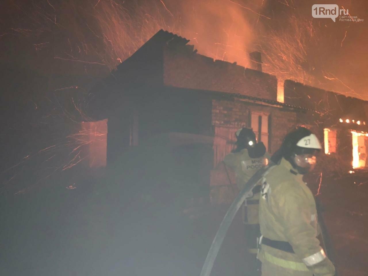 В Ростовской области сгорела пилорама, фото-1