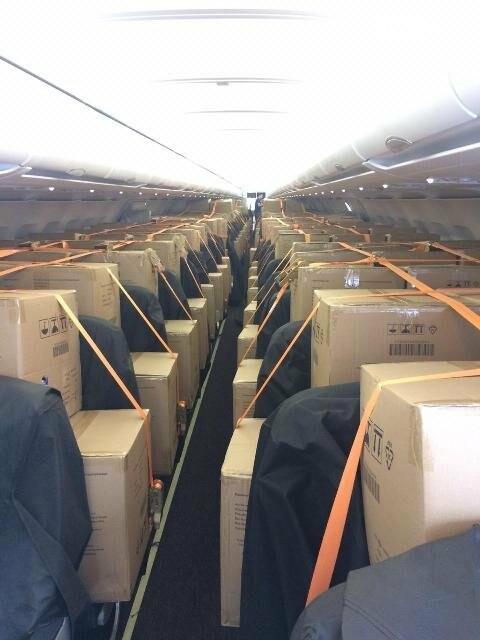 В аэропорт Ростова прибыло 2 млн масок из Китая, фото-3