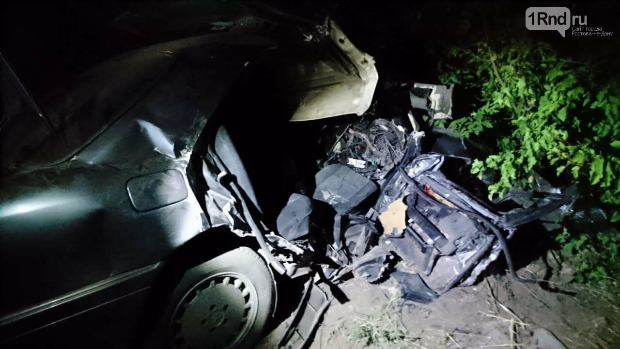 В Ростовской области один человек погиб и шестеро пострадали в лобовом ДТП, фото-1