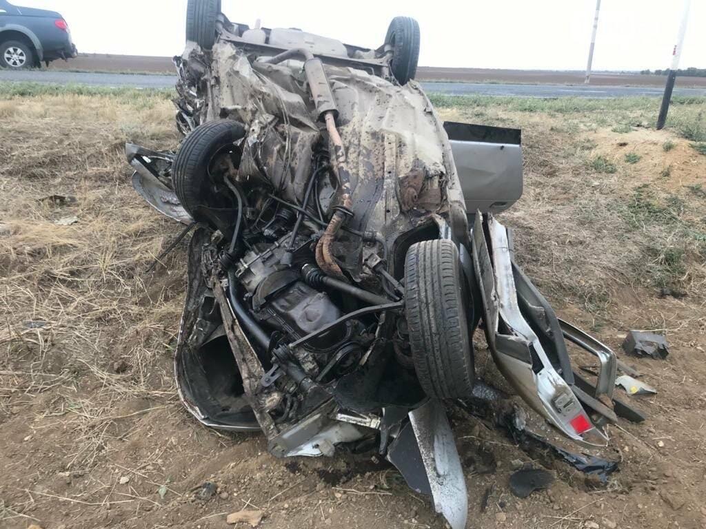 Столкновение ВАЗа и Toyota на трассе Котельниково - Песчанокопское