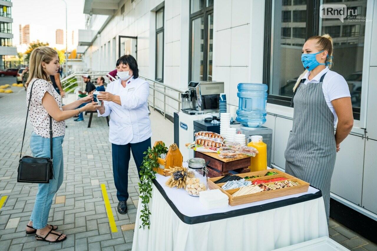 Провожали лето целую неделю: как жильцов «Первого» поздравили с новосельем, фото-2