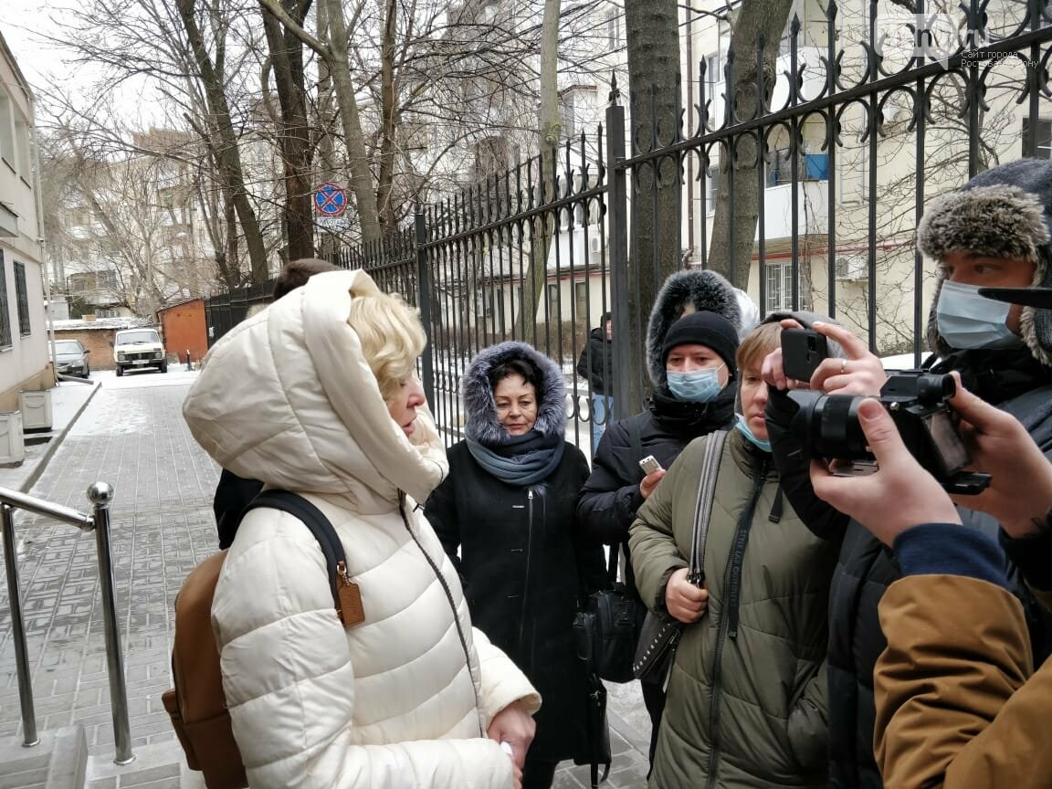 Поддержать Анастасию Шевченко в суде пришло много людей
