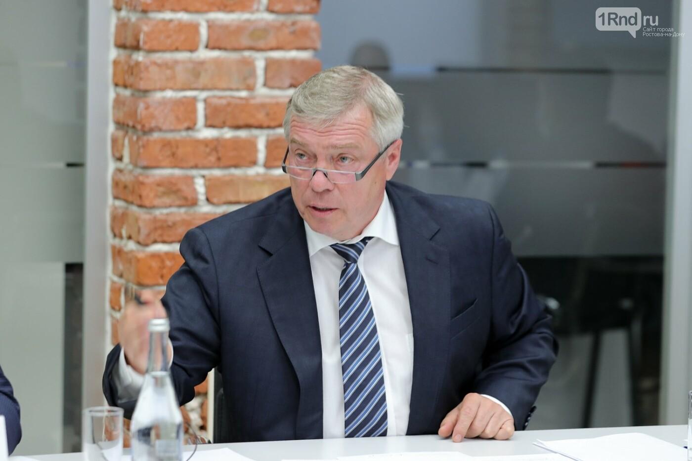 Встреча губернатора и предпринимателей оптовых рынков 4 мая, Фото пресс-службы губернатора РО