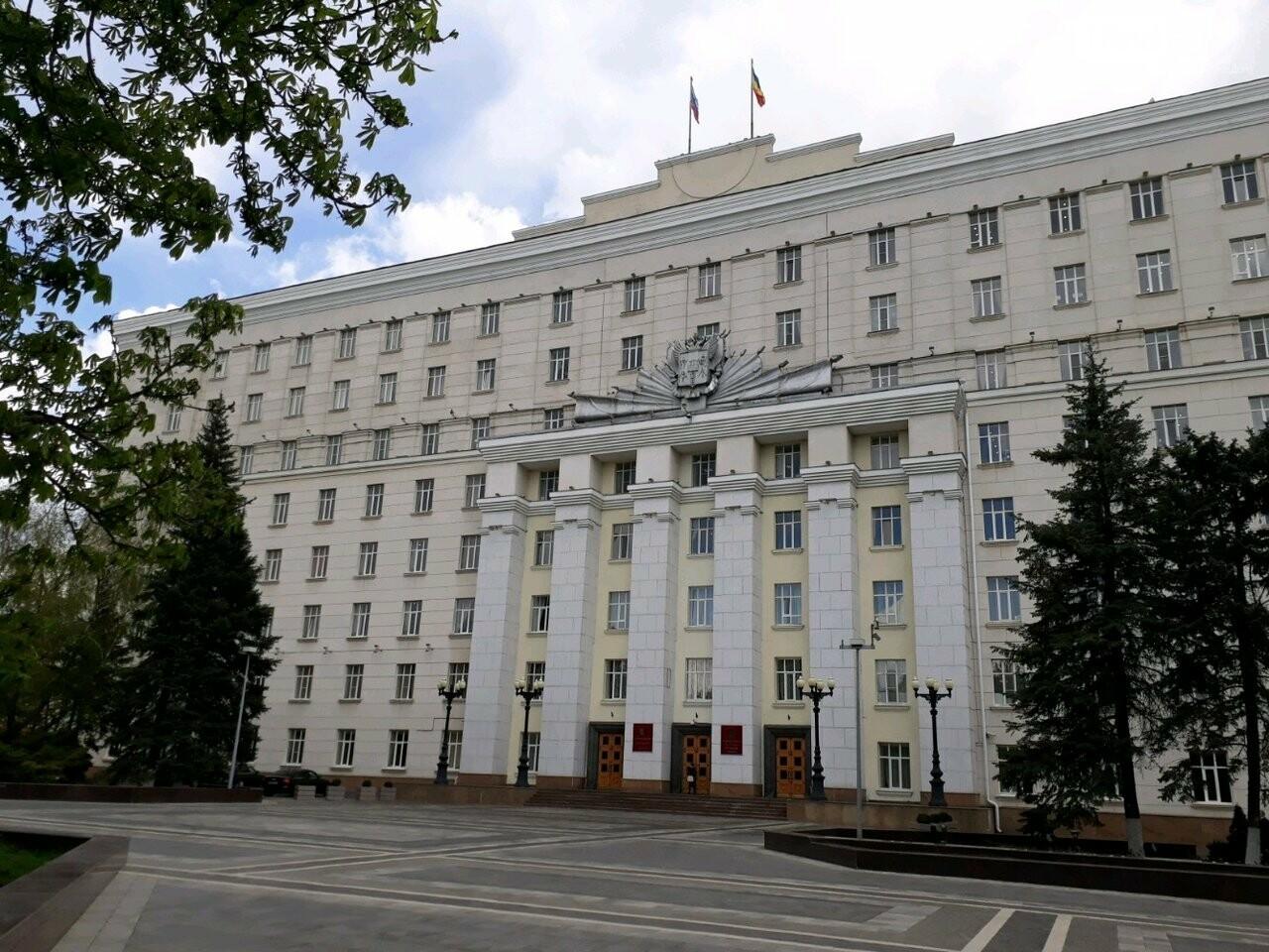 На фото: здание ПРО/ фотографий Игоря Михайлова и его супруги в отрытом доступе не найдено