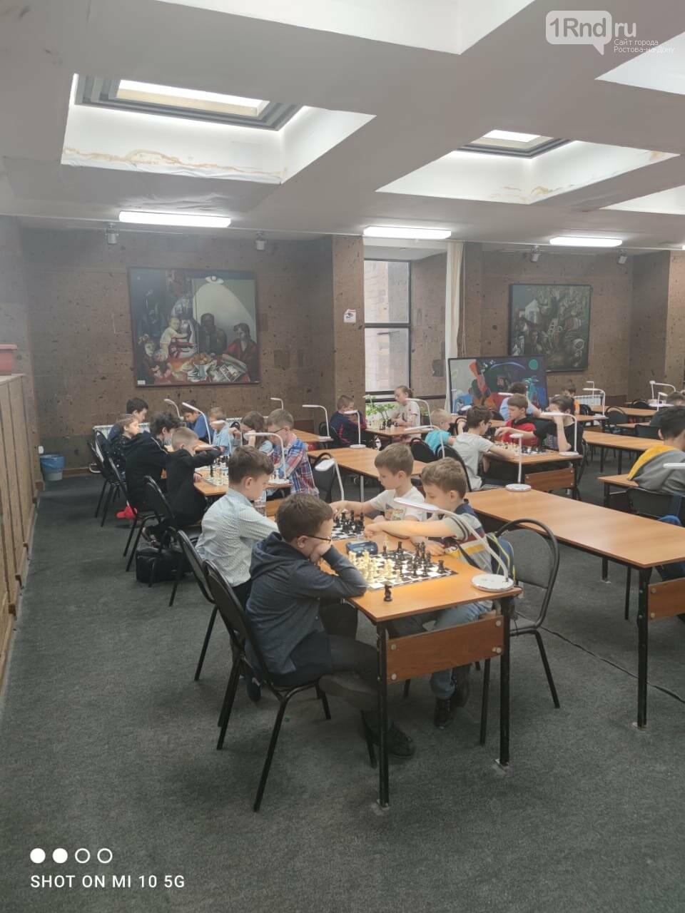 На детский турнир по быстрым шахматам в Ростове приехали участники из трёх регионов, фото-1