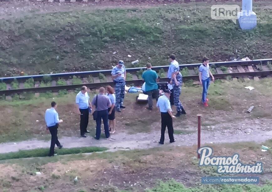 22-летнему студенту ЮФУ, бросившемуся под поезд, отсекло голову вРостове