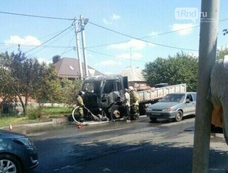 ВРостове наулице Щаденко сгорел фургон
