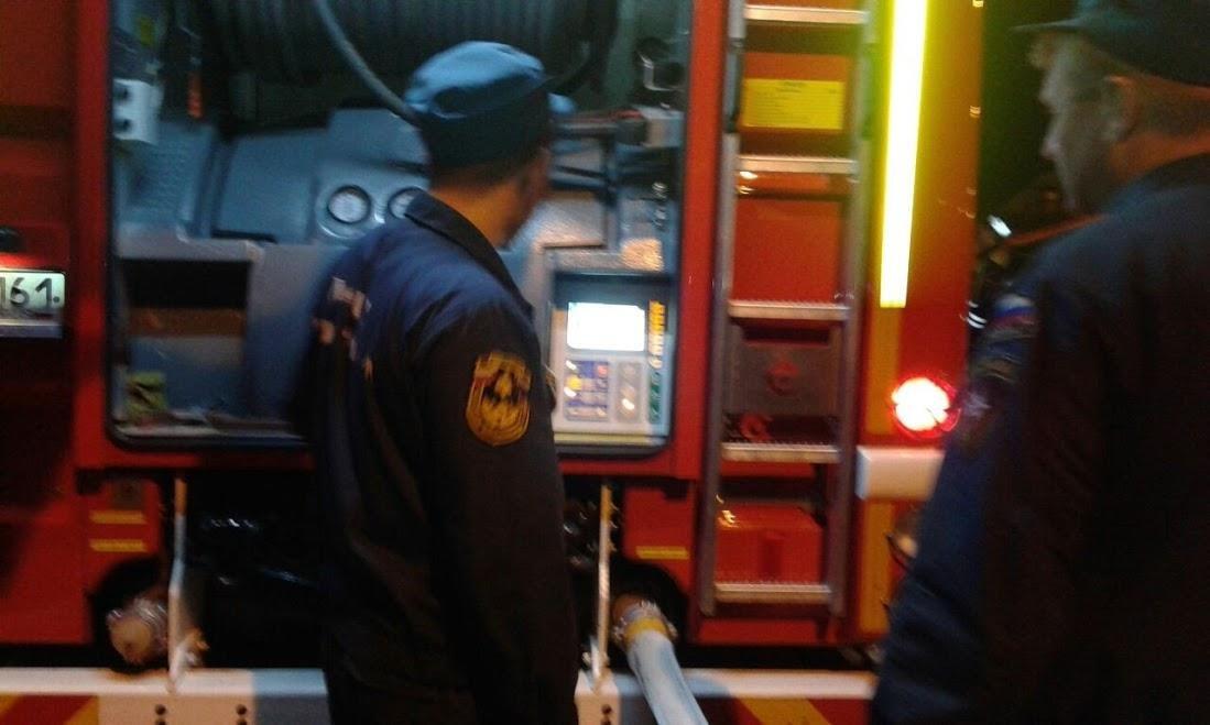 Площадь пожара вРостове-на-Дону составляет уже 5  тыс.  «квадратов»