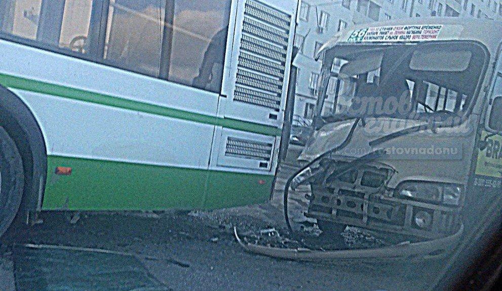 Ростовчанка пострадала в столкновении маршрутки и автобуса на Темернике, фото-2