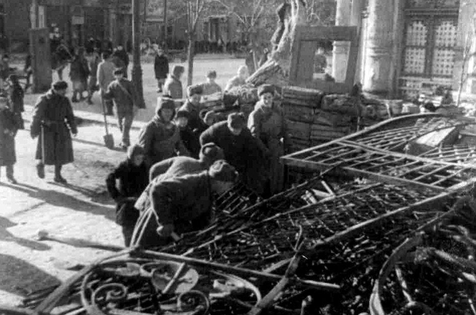 После освобождения: как Ростов-на-Дону возвращался к мирной жизни, фото-4