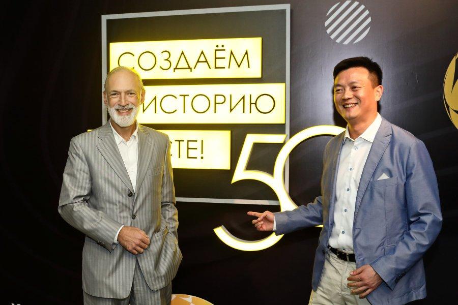 Билайн и Huawei на глазах десятков журналистов совершили первый в России голографический звонок в сети 5G, фото-1