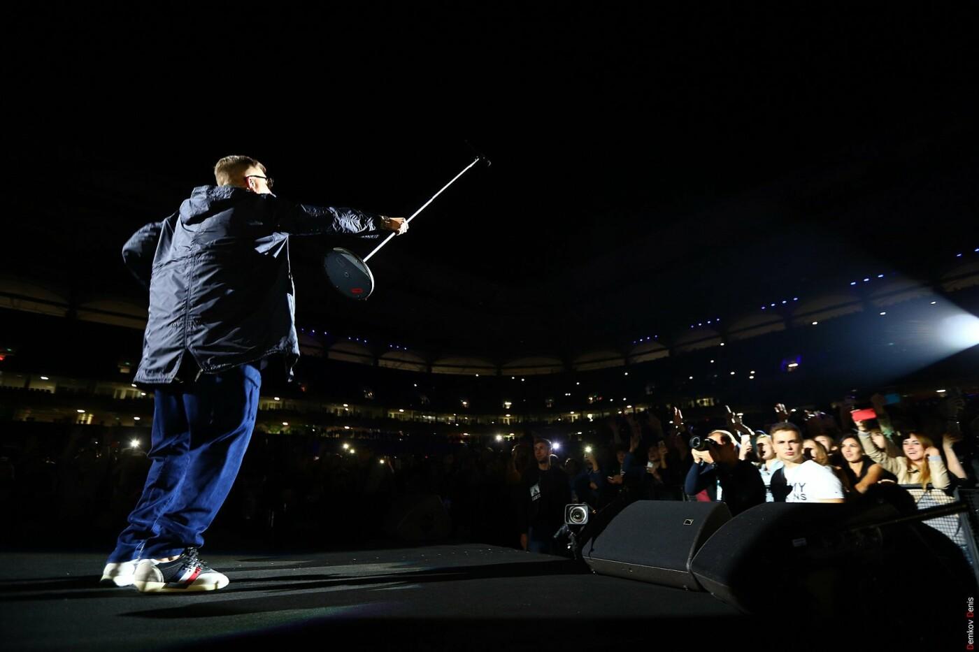На первый большой концерт Басты в Ростове пришли 35 тысяч зрителей, фото-2