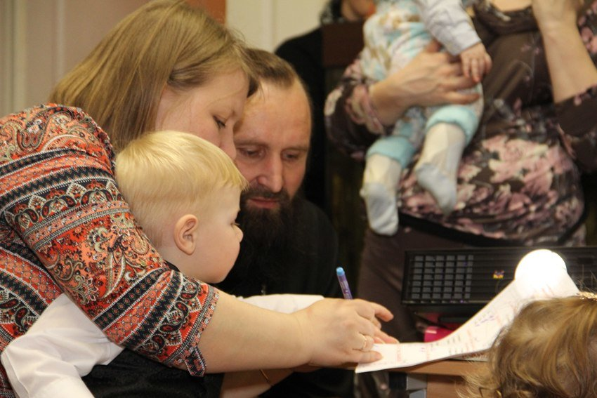 Органы опеки Ростовской области проверят после изъятия детей из православного приюта, фото-1