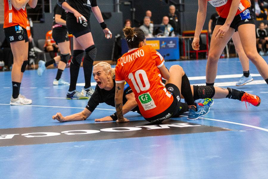 «Ростов-Дон» обыграл «Оденсе» и обеспечил себе досрочный выход в четвертьфинал турнира, фото-1