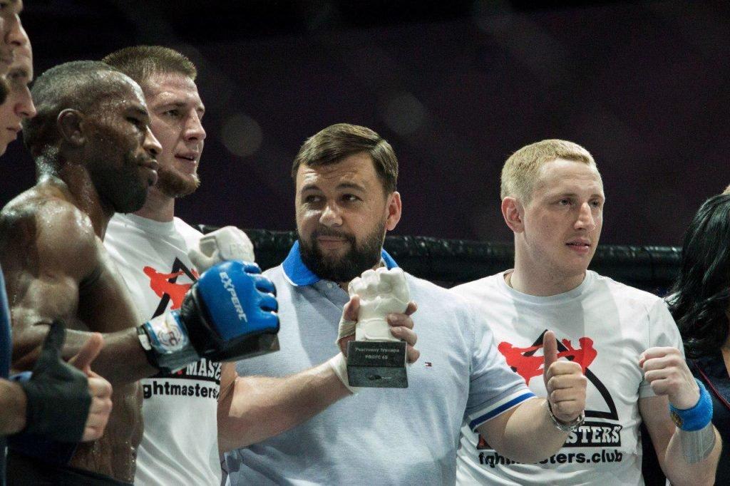 Помощник Путина и глава ДНР посетили турнир борцов в Ростове, фото-4