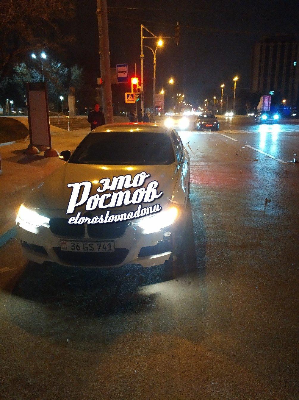 """В Ростове автомобиль с иностранными номерами сбил женщину на """"зебре"""", фото-1"""