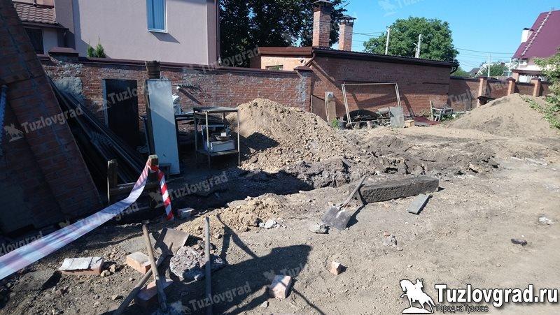 Два подростка пострадали при обрушении частного дома в Новочеркасске, фото-1