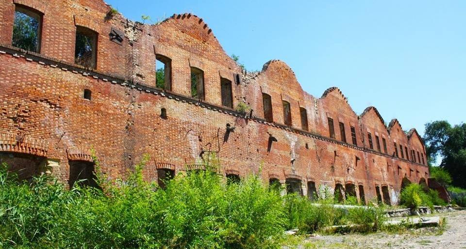 Парамоновские склады вРостове выставили наторги за8,8 млн руб.
