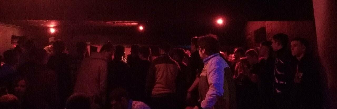 Житель Волгодонска устроил поножовщину в рок-клубе