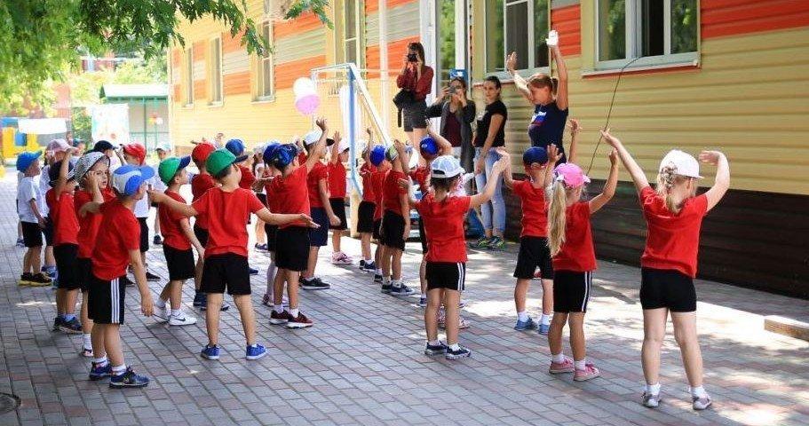 Пятеро школьников заразились коронавирусом в лагерях Ростовской области